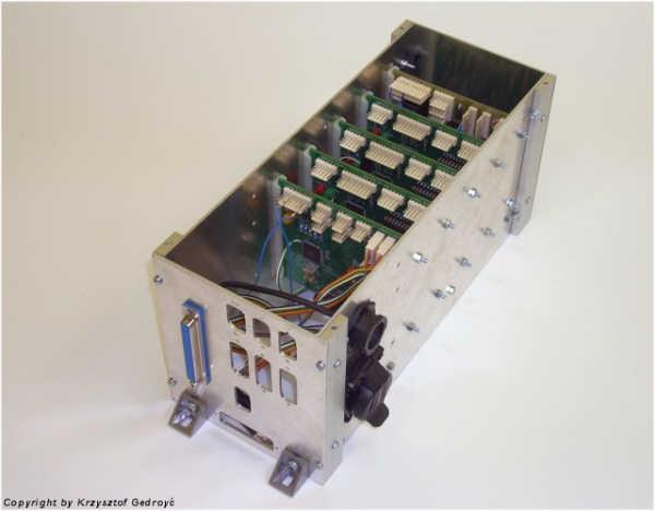 Pudełko elektroniki wraz z płytkami PCB (SKA)