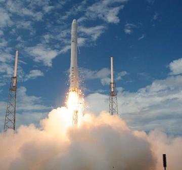 4 czerwca 2010 roku - start pierwszego egzemplarza rakiety Falcon 9 / Credits - SpaceX