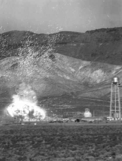 Eksplozja reaktora Kiwi, podczas testu mającego określić skutki katastrofalnej usterki napędu (NASA/65-H-49)
