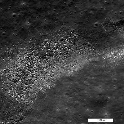 Głazy zaobserwowane w regionie Sinus Iridium / Credits - NASA/GSFC/Arizona State University