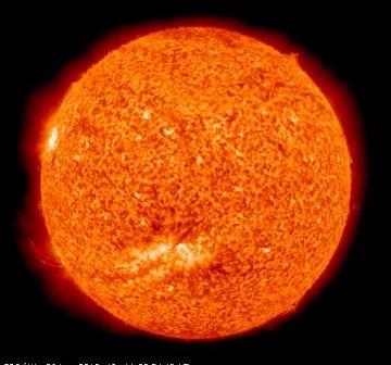 Wygląd Słońca w dniu 14 października 2010 roku / Credits - NASA, SDO
