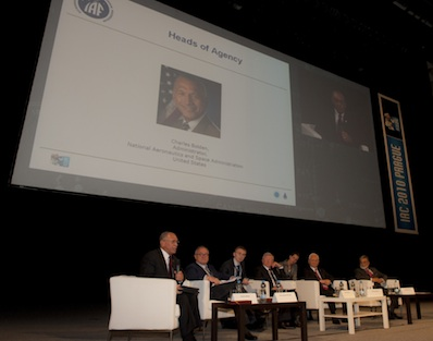 Szefowie największych agencji kosmicznych na spotkaniu w trakcie IAC 2010 / ESA (Stephane Corvaja)