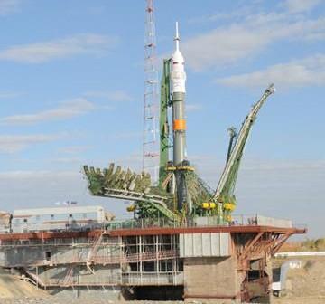 Rakieta Sojuz, która wyniesie kapsułę Sojuz TMA-01M / Credits - Energia, RSA