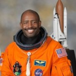 Leland Melvin, portret oficjalny / credits: NASA