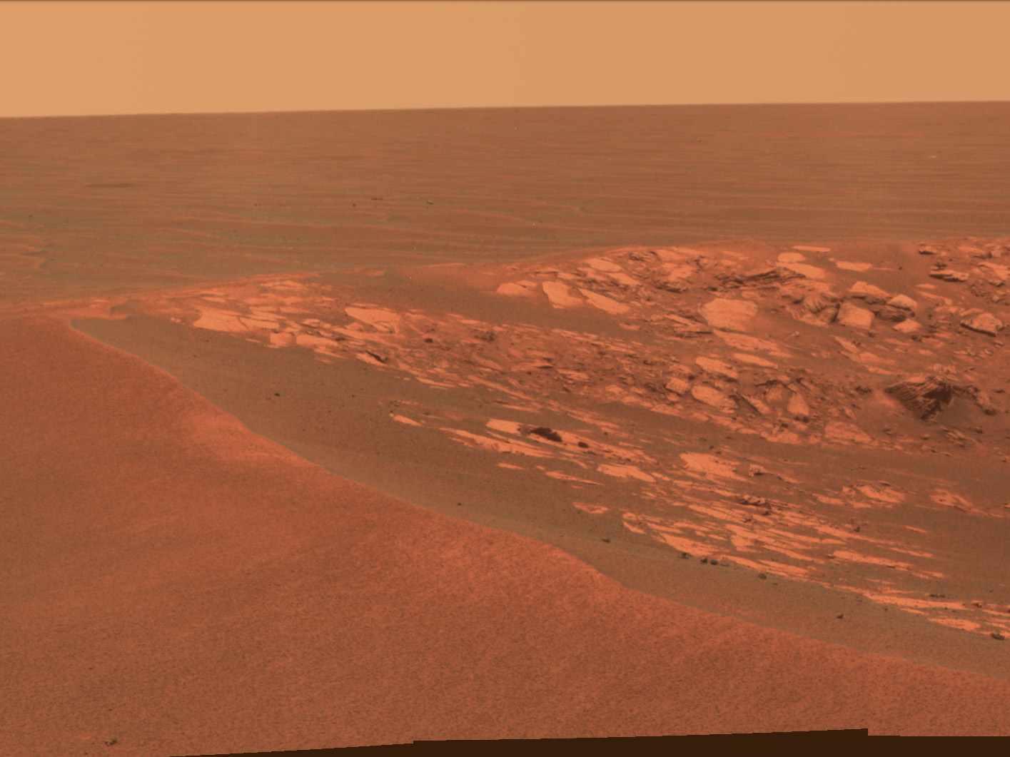 Krater Intrepid / Credits: NASA-JPL
