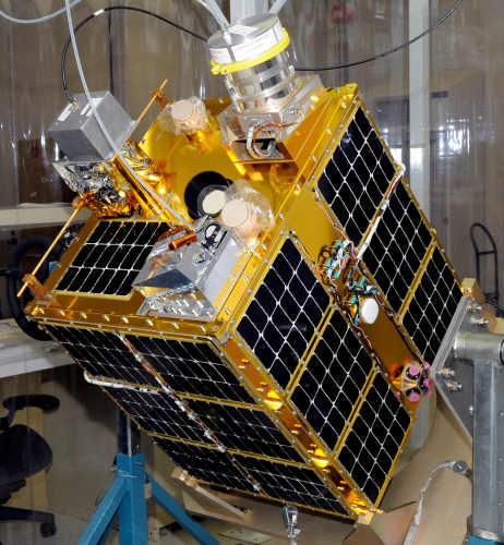 Satelita FASTSAT w jednym z laboratoriów NASA (NASA/MSFC, Doug Stoffer)