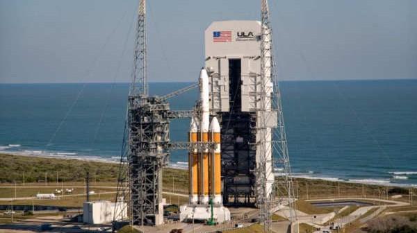 Rakieta Delta IV Heavy na wyrzutni startowej SLC-37B / Credits - United Launch Alliance
