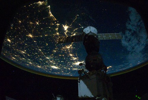 Okolice Nowego Orleanu nocą widziane z pokładu ISS / Credits - NASA