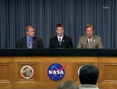 Konferencja prasowa w sprawie odwołanego lotu STS-133 (NASA TV)