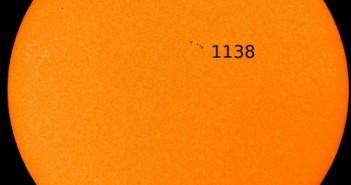 Wygląd Słońca w dniu 28 grudnia 2010 roku - widoczna grupa 1138 / Credits - NASA, SDO