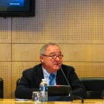 Dyrektor generalny ESA (po środku) - zdjęcie ze stycznia 2011 roku / Credits - K. Kanawka