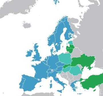 ESA - państwa członkowskie (niebieskie), kooperujące w ramach PECS (jasnozielone) i współpracujące (ciemnozielone) / Credits: WikiCommons