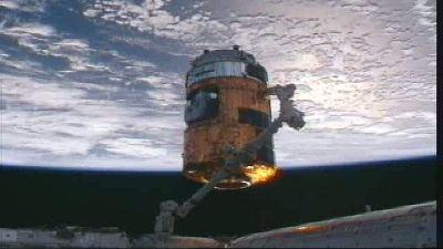 HTV-2 ustawiony przy węźle cumowniczym modułu Harmony / Credits - NASA TV
