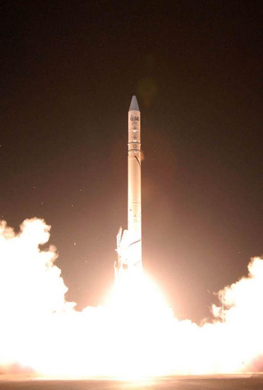 Start rakiety Shavit z satelitą Ofeq-7A / Credits: WikiCommons