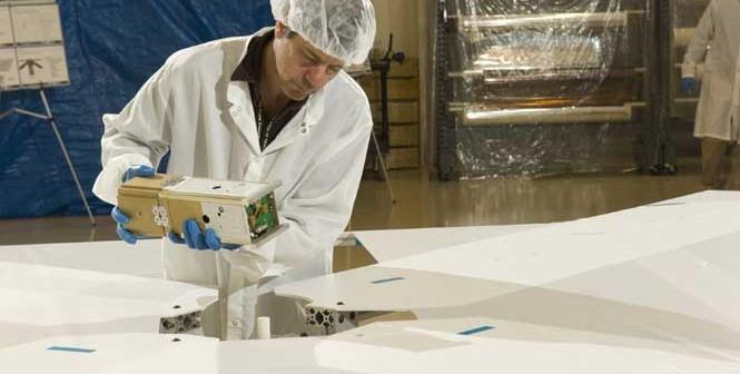 NanoSail-D podczas testów / Credits: NASA
