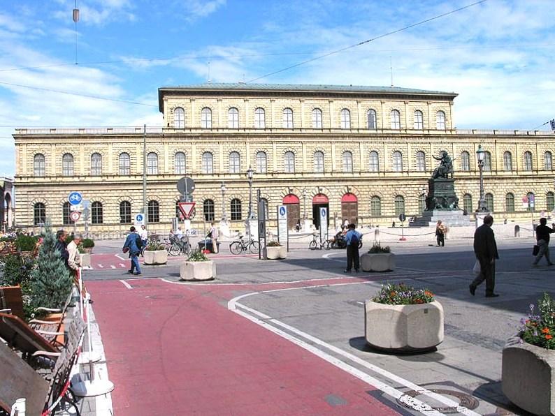Rezydencja Monachijska - siedziba władców Bawarii / Credits: Luidger, WikiCommons