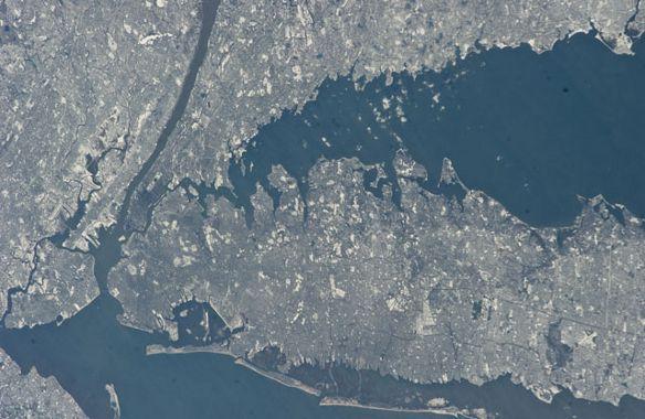 Nowy Jork - zdjęcie wykonane 9 stycznia 2011 / Credits - NASA