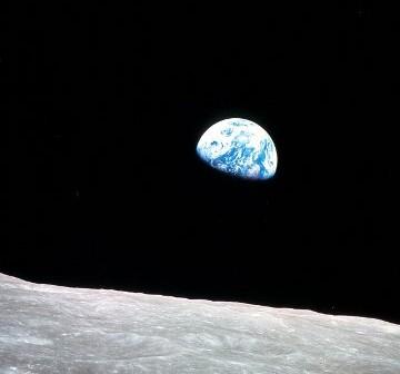 Wschód Ziemi, wkrótce ten widok znów zobaczą ludzie / credits: NASA