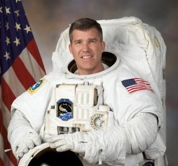 Steve Bowen / Credits - NASA