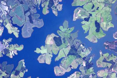 Widok nad rzeką Tiete, na północny zachód od Sao Paulo w Brazylii, zdjęcie wykonane  w dniu 30 stycznia 2011 roku. (Credits: ESA/NASA)