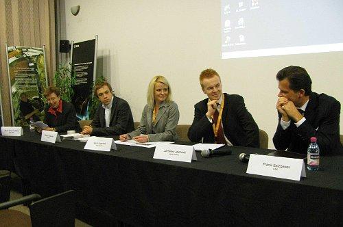 Panel dyskusyjny / Credits - Astri Polska