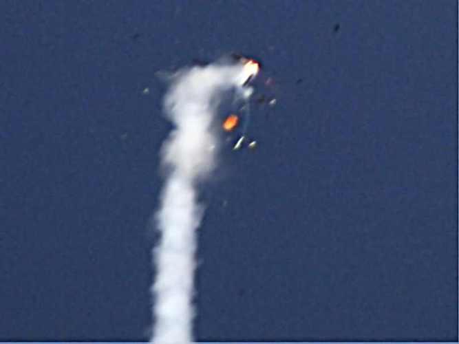 Rozpad rakiety RTP2 przy osiąganiu prędkości dźwięku / Credits: PTR
