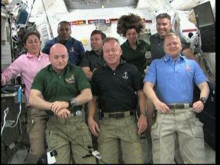 Godzina 20:43 CET - początek wywiadów / Credits - NASA TV