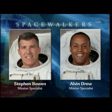 qAstronauci Drew i Bowen - spacer EVA-2 / Credits - NASA TV
