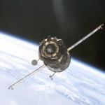 Podchodzący do cumowania statek Sojuz / Credits: NASA