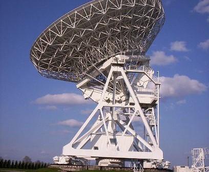 Radioteleskop w Piwnicach pod Toruniem / Credits - Jarosław Suchocki