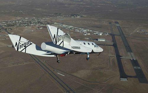 Suborbitalny samolot rakietowy SpaceShipTwo / Źródło: Virgin Galactic