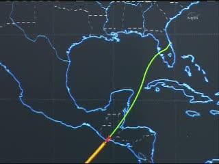 17:40 CET - Discovery przekracza wybrzeże Ameryki Środkowej / Credits - NASA T