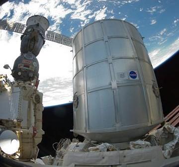 Moduł PMM zadokowany do ISS. Zdjęcie z 1 marca 2011. / Credits - NASA