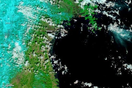 Powodzie wywołane falami tsunami w okoliach miasta Sendai - 12 marca 2011 / Credits - NASA