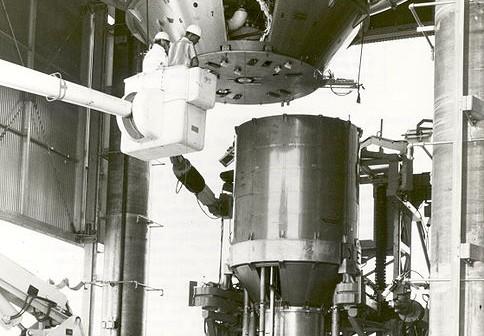 Przygotowania do testu silnika jądrowego XECF, rok 1966 / Credits: NASA