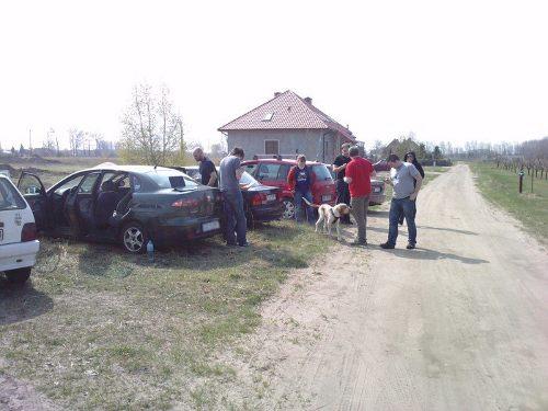 Ekipa pościgowa za gondolą - 75 km na południe od miejsca startu / Credits - Maciej Mickiewicz