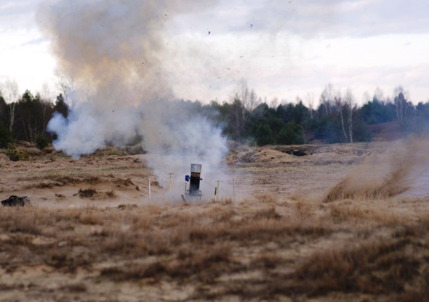 Eksplozja w trakcie testu paliwa i silnika / Credtis: Kosmonauta.net