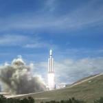 Rakieta Falcon Heavy / Credits - SpaceX