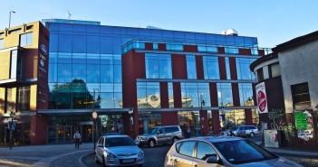 Solaris Center ze swoim obserwatorium na dachu / fot. Aleksander Kurek