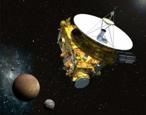 Wizja artystyczna sondy kosmicznej New Horizons przelatującej w pobliżu Plutona, Charona i księżyców Nix i Hydra (NASA)