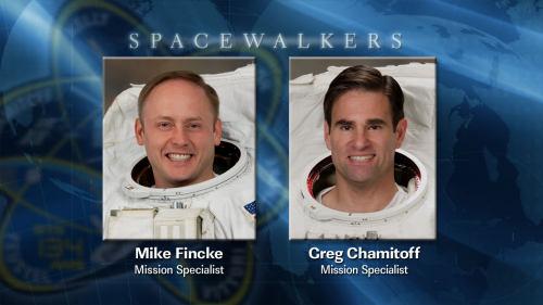 Astronauci Mike Fincke oraz Greg Chamitoff, którzy wezmą udział w dzisiejszym spacerze kosmicznym EVA-4 (NASA)