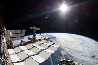 Widok ISS i naszej planety / Credits: NASA