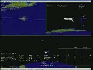 Ułożenie promu Endeavour na koniec manewru deorbitacyjnego / Credits - NASA TV