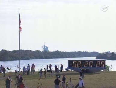 Zegar odliczający czas do startu, zatrzymany na T-20 minut (NASA TV)