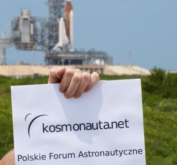Serwis Kosmonauta.net jest wszędzie! Zdjęcie z 29 kwienia 2011. / Credits - Marek Cyzio