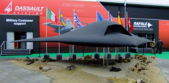 Europejs nEUROn - demonstrator bezzałogowego samolotu bojowego / Credits - K. Kanawka