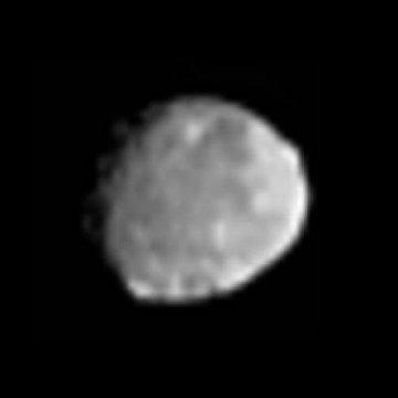Westa z odległości 189 tysięcy kilometrów / Credits - NASA, JPL