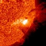 Siódmy czerwca, godzina 08:55 CEST - chwilę po fazie maksymalnej rozbłysku / Credits - NASA, SDO