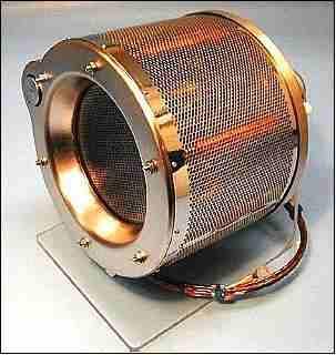 Jednostka napędu jonowego satelity GOCE / Credits: QinetiQ