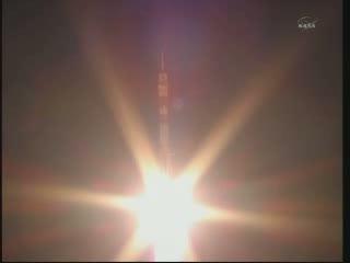 Sojuz TMA-02M wznosi się ku orbicie - kilka sekund po starcie / Credits - NASA TV